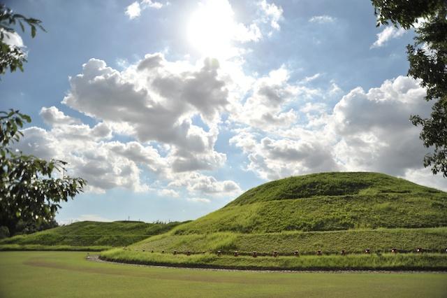 青塚古墳史跡公園のイメージ